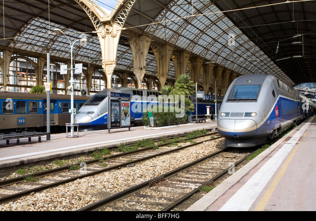 tgv train france station stock photos tgv train france station stock images alamy. Black Bedroom Furniture Sets. Home Design Ideas