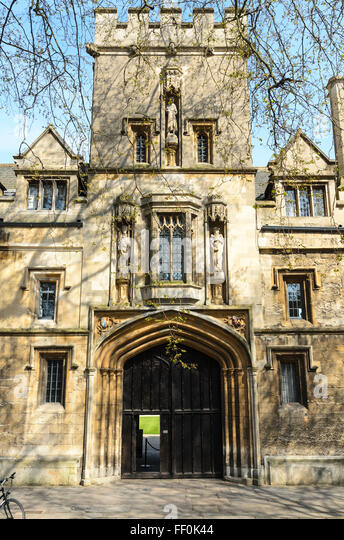 The entrance to St John's College, St Giles, Oxford, Oxfordshire, England, UK. - Stock Image
