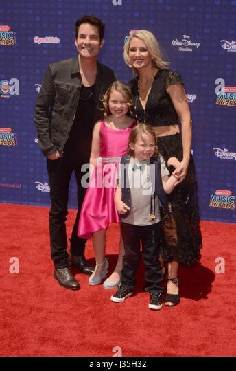 Patrick Monahan, family at arrivals for Radio Disney Music Awards - ARRIVALS, Microsoft Theater, Los Angeles, CA - Stock-Bilder