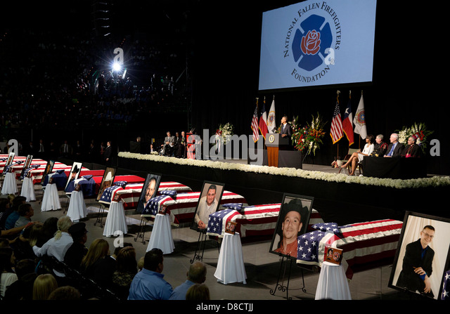 US President Barack Obama delivers remarks during a memorial service for victims of a fertilizer plant explosion - Stock Image