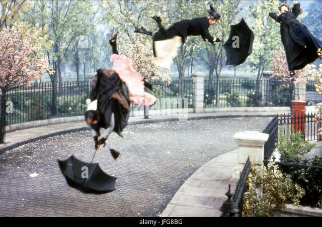 NANNIES BLOW AWAY MARY POPPINS (1964) - Stock Image
