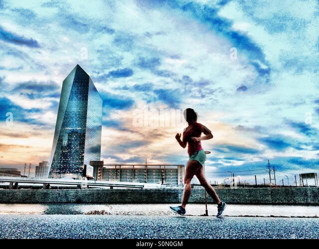 Runner on Schuylkill River Trail, Philadelphia, Pennsylvania - Stock-Bilder