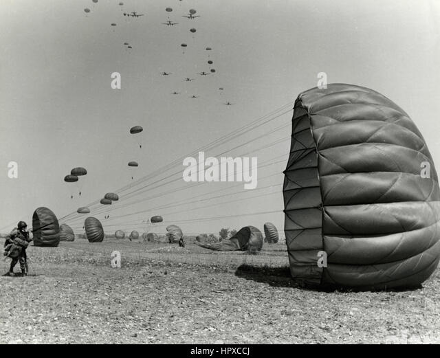 Italian Army paratroopers - Stock Image