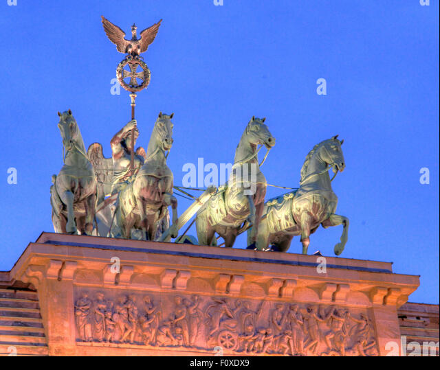 Brandenburg Gate & Quadriga , in the early evening twilight, Tiergarten,Mitte district, Berlin, Germany, Europe - Stock Image