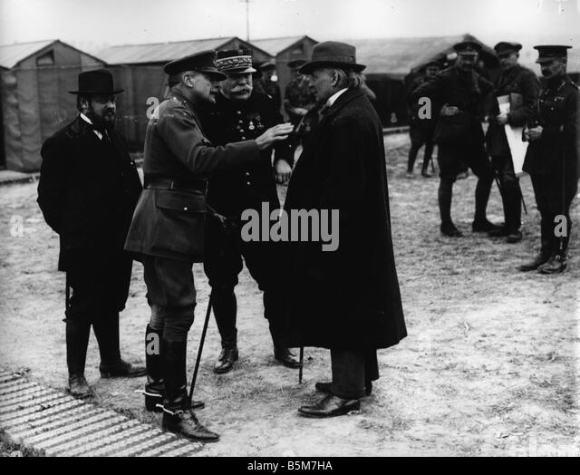 1EN 500 F1916 E Lloyd George Haig and Joffre 1916 Lloyd George David British politician 1863 1945 The British Secretary - Stock Image