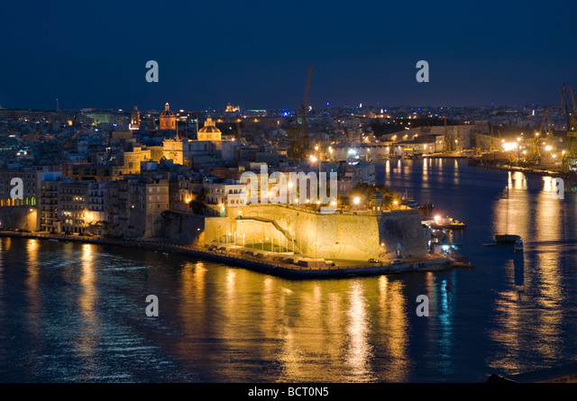 Grand Harbour Stock Photos & Grand Harbour Stock Images ...