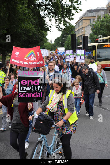 Brighton, Sussex, UK. 10th July, 2014. Thousands of striking public sector workers march through Brighton and Hove - Stock Image