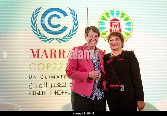 Marrakech, Morocco. 15th Nov, 2016. The German Federal Minister of the Environment Barbara Hendricks and Moroccan - Stock Image
