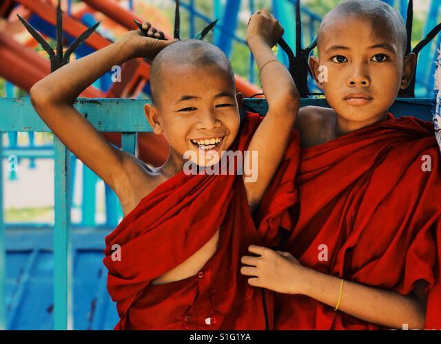 Buddhist novices in Mandalay - Stock-Bilder