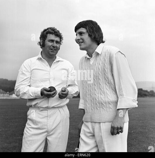 Cricketers Geoffrey Williams and Allan Geoghegan at the Ynysygerwn cricket club, Aberdulais, Neath in Glamorganshire. - Stock Image