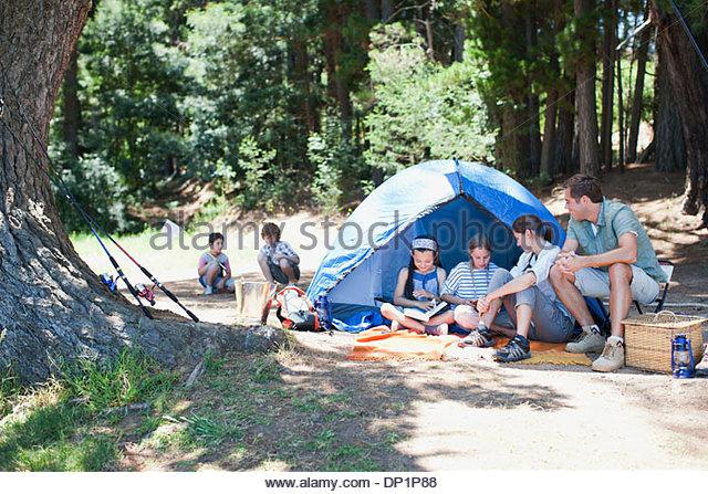 Family camping - Stock-Bilder