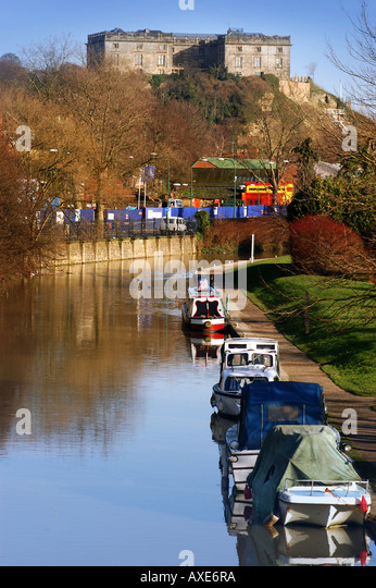 17th century Nottingham castle overlooking Nottingham canal - Stock Image