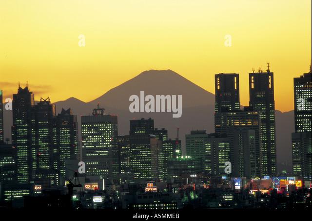 Mt Fuji and skyscrapers of Shinjuku district Tokyo Japan - Stock Image