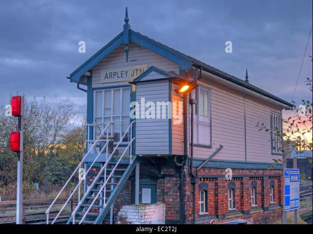 Arpley Junction Signalbox, Warrington, Cheshire, England, UK at dusk - Stock Image