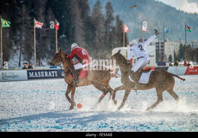 Members of the 'Cartier' team play against Team 'Maserati' during the Snow Polo World Cup 2016, - Stock-Bilder