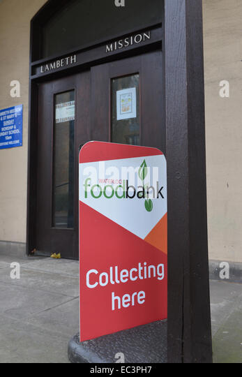 St Mary's Mission, Lambeth Road, London, UK. 9th December 2014. Waterloo Foodbank at St Mary's Mission in - Stock Image