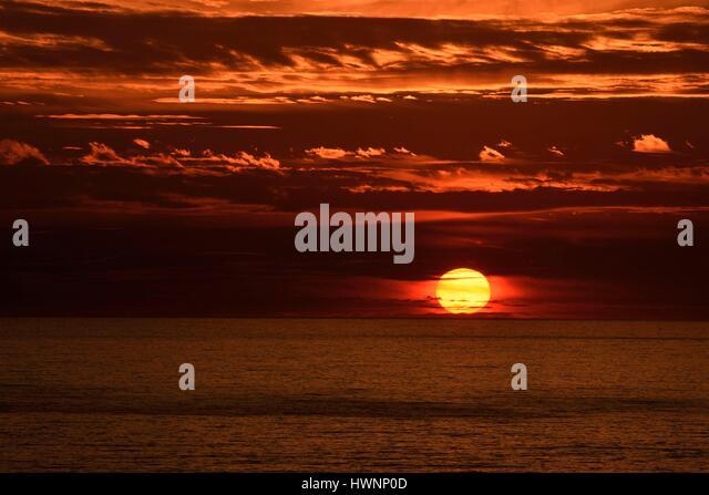 France, Var, Six Fours les Plages, Cap Negre, setting sun on the Mediterranean Sea - Stock-Bilder