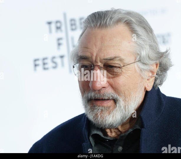 New York, USA. 19th April, 2017. Robert De Niro arrives at the 2017 Tribeca Film Festival Opening Night, Clive Davis: - Stock Image