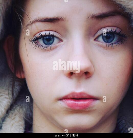 Young girl in the cold - Stock-Bilder