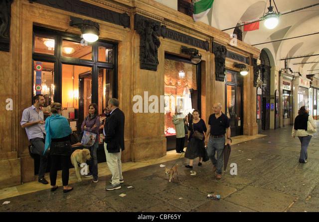 Turin cafe stock photos turin cafe stock images alamy - Ristorante porta di po torino ...