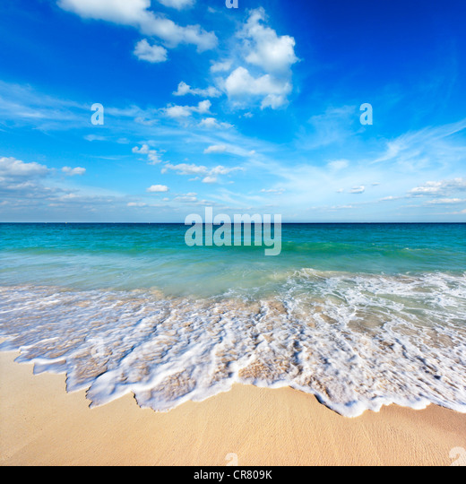 Beautiful beach and wave - Stock-Bilder