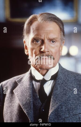 Laurence Olivier / Dracula / 1979 directed by John Badham [Universal Pictures / The Mirisch] - Stock Image
