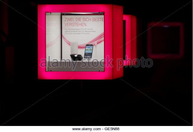 telekom bonn stock photos telekom bonn stock images alamy. Black Bedroom Furniture Sets. Home Design Ideas
