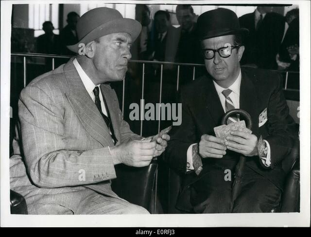 Jun. 06, 1959 - ''Sergeant Bilko'' Arrives - And His Met By Tommy Trinder. The American comedian - Stock Image