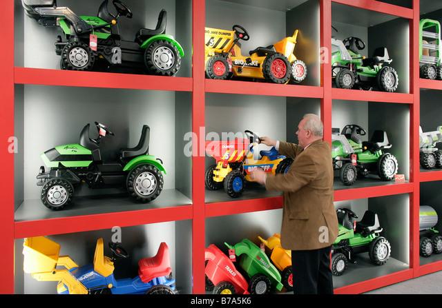 Nuremberg Toys Stock Photos & Nuremberg Toys Stock Images ...