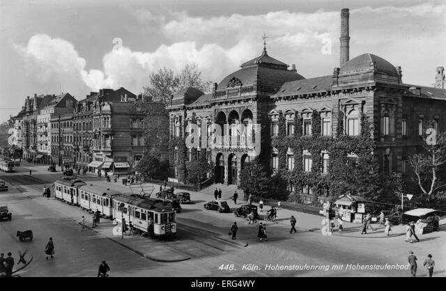 Cologne, Germany, c. 1940s. Hohenstaufenring mit Hohenstaufenbad. (Hohenstaufenbad public baths, Hohenstaufenring). - Stock Image