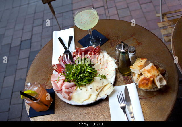 Vine Bar And Restaurant Le Fh