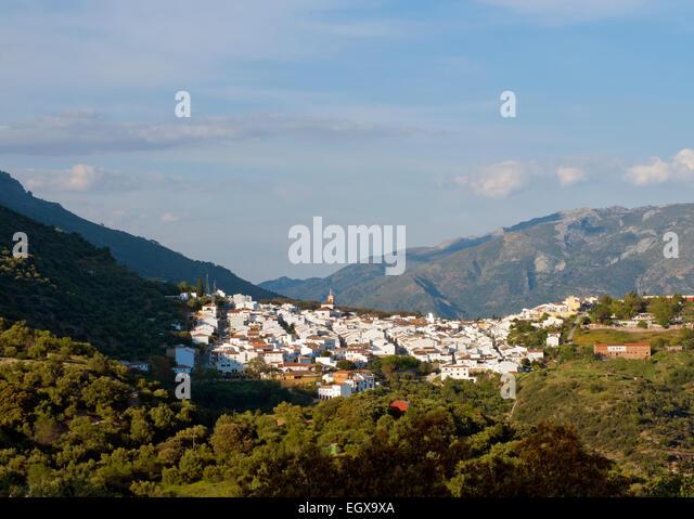 Cortes de la Frontera in the Province of Malaga, Andalucía, Southern Spain. White Village, Pueblo Blanco - Stock Image