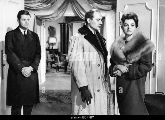 L'affaire Nina B. Year: 1961 Director: Robert Siodmak Nadja Tiller, Jacques Dacqmine, Walter Giller - Stock Image