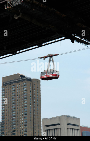 Roosevelt Island Tram Traveling Between Manhattan and Roosevelt Island in New York City USA - Stock Image