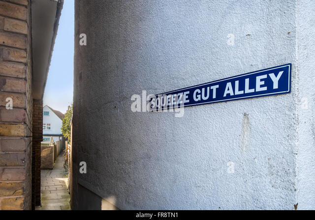 Squeeze Gut Alley Middle Wall Whitstable Kent UK - Stock Image