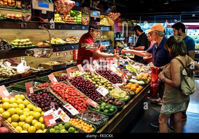 Spain Europe Spanish Hispanic Madrid Salamanca Calle de Goya Platea Madrid produce fruit sale store vendor shopping - Stock Image
