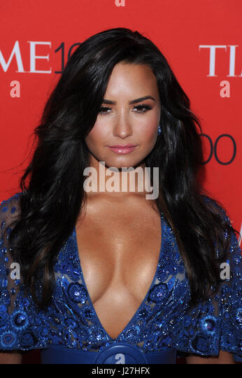 New York, NY, USA. 25th Apr, 2017. Demi Lovato at the 2017 Time 100 Gala Celebrating the 100 most influential people - Stock Image