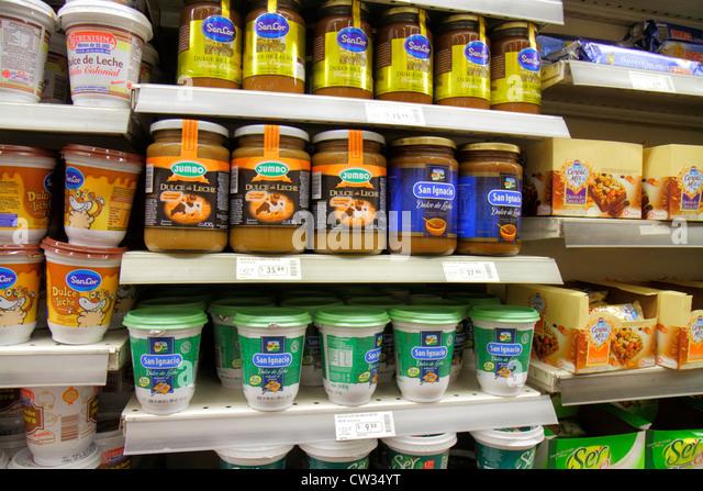 Argentina Buenos Aires Avenida Callao Disco Supermarket grocery store supermarket chain shopping display shelf shelves - Stock Image