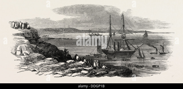 THE STEAMSHIPS 'POTTINGER' AND 'CYCLOPS' STRANDED IN THORNESS BAY, COWES, ISLE OF WIGHT, 1846 - Stock Image