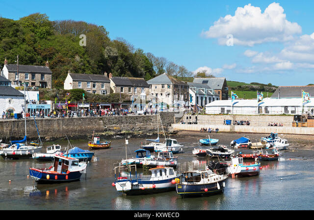 fishing boats in the harbour at porthleven, cornwall, england, britain, uk. - Stock Image
