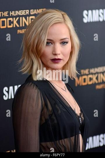 New York, NY, USA. 18th Nov, 2015. Jennifer Lawrence at arrivals for THE HUNGER GAMES: MOCKINGJAY PART 2 Premiere, - Stock Image