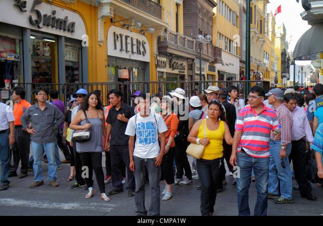 Lima Peru Jiron de la Union historic district peatonal promenade pedestrian mall shopping crowded sidewalk Hispanic - Stock Image