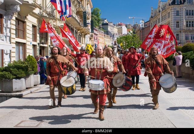 Middle Age pageant through Carlovy Vary, Karlsbad. Czech republic. - Stock-Bilder