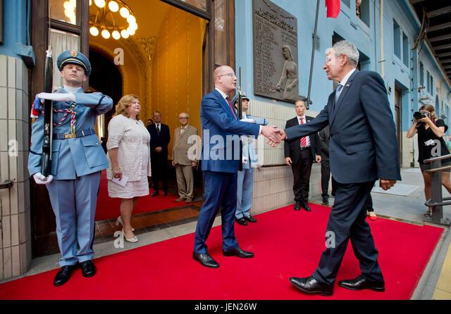 Austrian President Alexander Van der Bellen (right)  arrived in Prague by train to pay his first official visit - Stock-Bilder