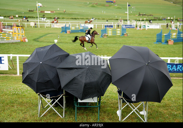 pic martin phelps 09 07 06 barbury castle horse trials cic show jumping - Stock Image