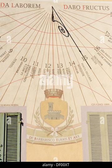 Sun dial, Barbaresco, Provincia Cuneo, Piemont, Piedmont, Italy, Europe - Stock Image