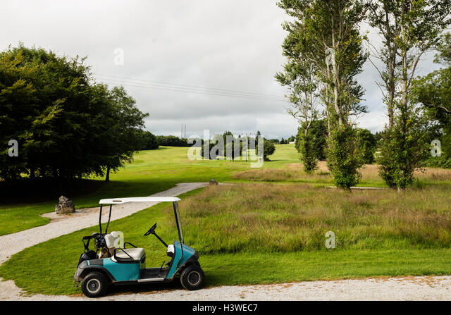 Golf cart in golf course - Stock Image