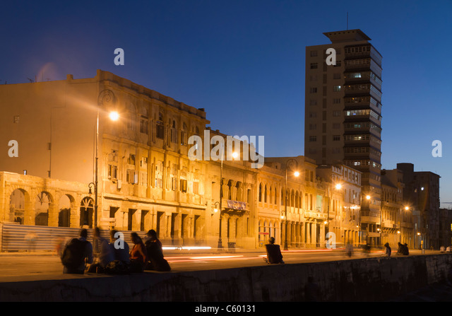 Malecon Promenade at sunset, Havanna Cuba - Stock Image