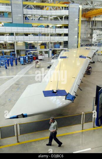 airbus strategy of assembling an aircraft Airbus, on the other hand, ruled the world of european aircraft manufacturing,  with final assembly lines (fal) in toulouse, france and  the answer is that  airbus had both strategic and tactical reasons for investing in a us.