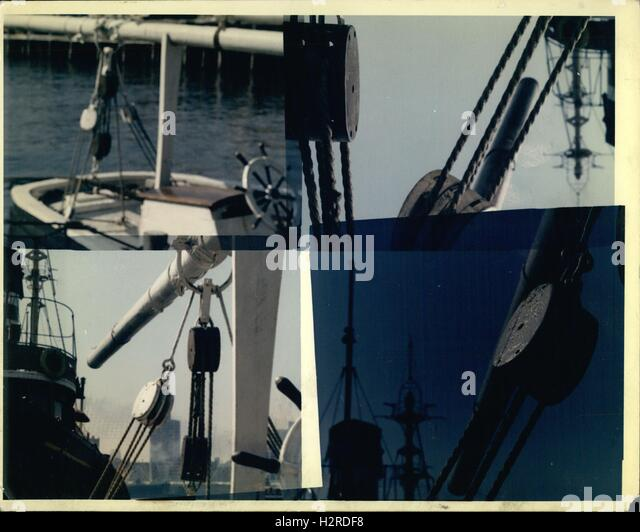 Rope Pulley Anchor : Rope pulley system stock photos images alamy